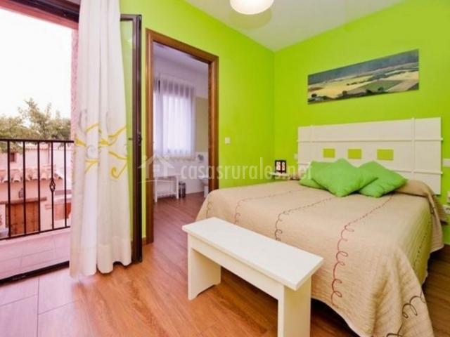 1 Dormitorio pistacho de matrimonio