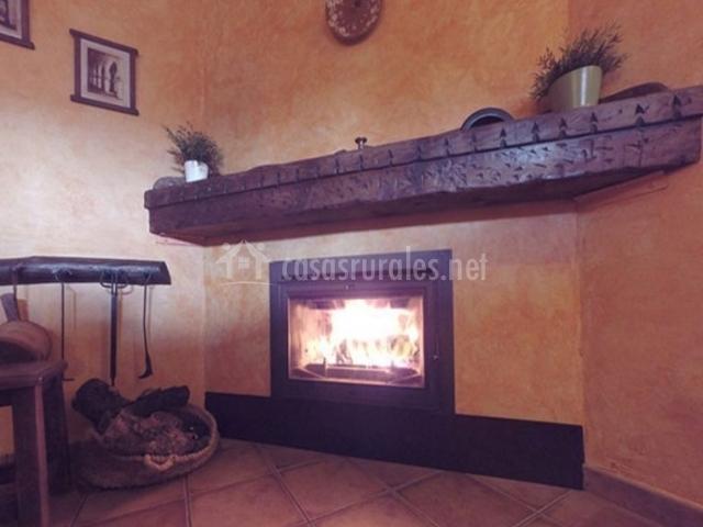 1 Sala de estar con chimenea