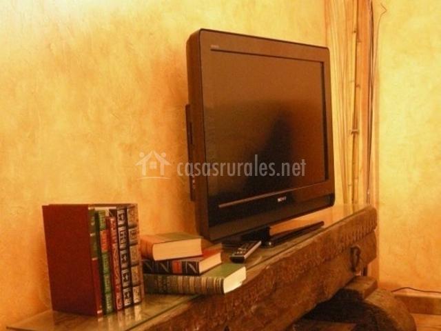 2 Sala de estar con detalle de madera original