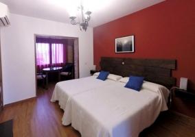 Dormitorio doble burdeos