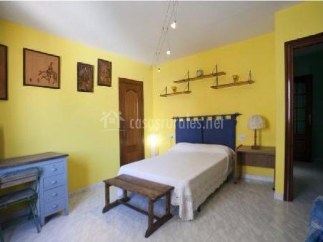 Cazorla house gallery en cazorla ja n for Escritorio dormitorio matrimonio