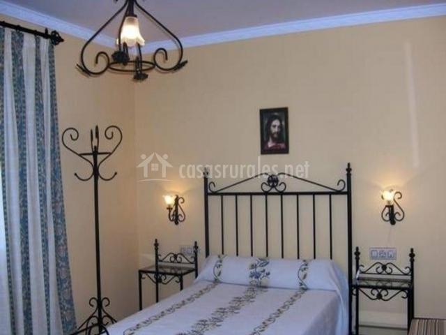 Finca majada alta en hornachuelos c rdoba for Mobiliario dormitorio matrimonio