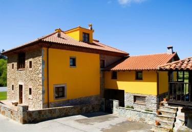Aldea de los Sombredales - Soto Del Barco, Asturias