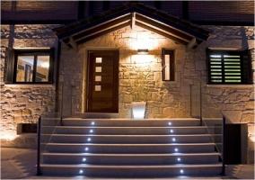 Puerta de acceso principal a la vivienda