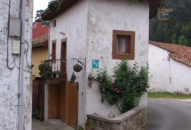 La Casina de Naves - Naves (Posada Llanes), Asturias