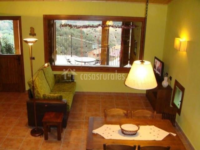 Sala De Estar En Color Verde ~ Les Feixes de Cal Margarit en Montan De Tost (Lleida)