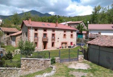 Corral Casiano - Robledo De La Guzpeña, León