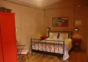 Adaptada dormitorio de matrimonio amplio