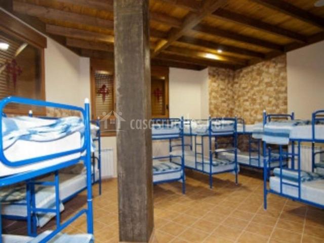 Dormitorio con literas en color azul