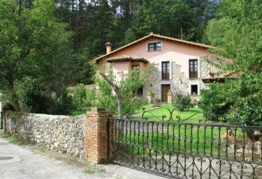 El Caserón de Pontigu - Llanes, Asturias