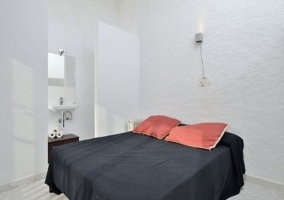 Dormitorio doble con aseo incorporado