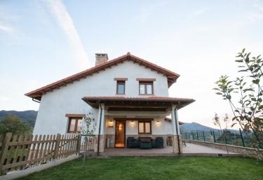 Apartamentos Rurales Cuatrovistes - Cangas De Onis, Asturias