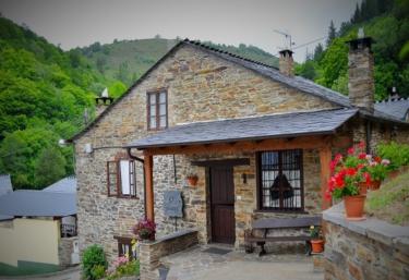 Apartamentos Rurales Casa Freixe - Barcia (Santa Eulalia De Oscos), Asturias