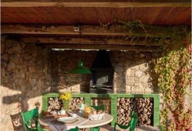 Els Masos de Caula- Paller de Dalt - Sant Marti De Llemena, Girona