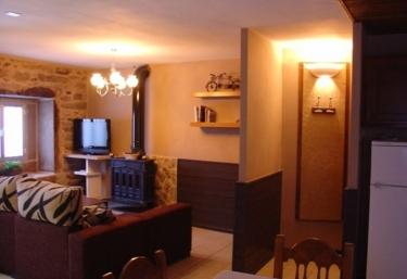 Lucas - Carleo - Casa 1 - Mazaricos, A Coruña