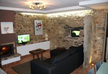 Lucas - Carleo - Casa 2 - Mazaricos, A Coruña