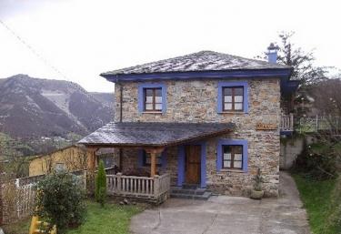 El Teixo - Villayon, Asturias