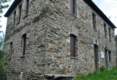 Casa de la Ribera - La Omañuela, León