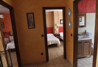 Pasillo de la casa con vistas de lor dormitorios