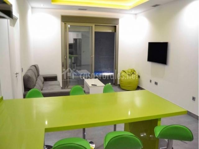 Casa clavero premium en almagro ciudad real for Sala de estar y cocina