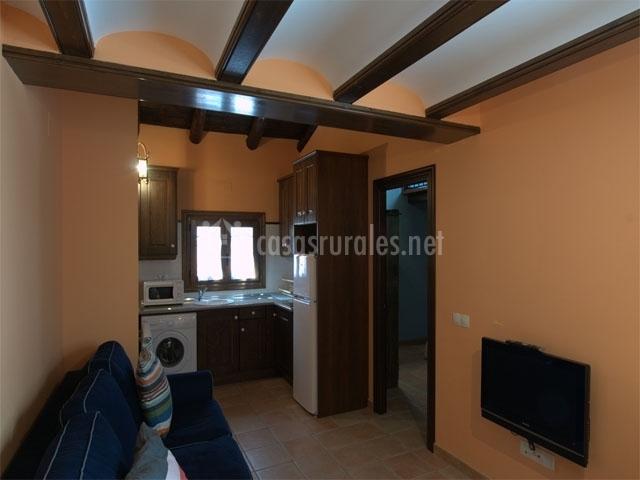 Apartamentos cine capicol apartamentos rurales en albarracin teruel - Apartamentos en albarracin ...