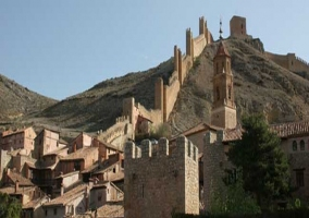 Apartamentos Albarracin