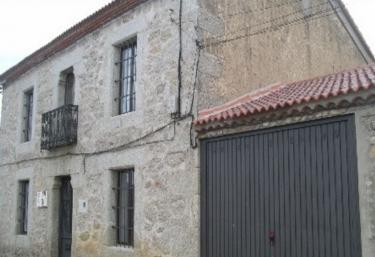Casa Rural La Cañada Real  - Zapardiel De La Cañada, Ávila