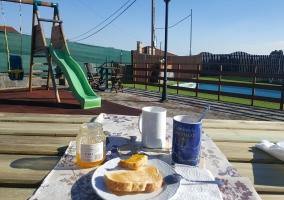 Desayunando en terraza