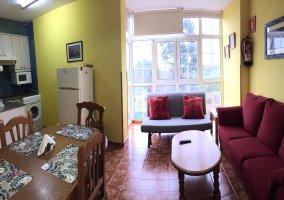 Salón cocina en Apartamentos C