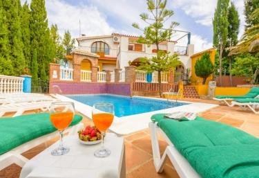 Casa Jardín - Alcaucin, Málaga