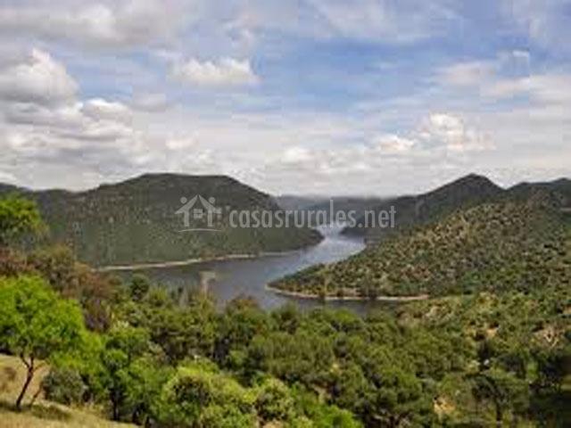 Montes comunales apartamentos rurales en adamuz c rdoba - Casa rural sierra morena ...
