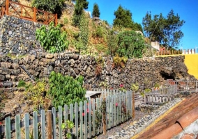 Jardines con vallado de madera