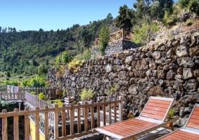 Tumbonas en la terraza