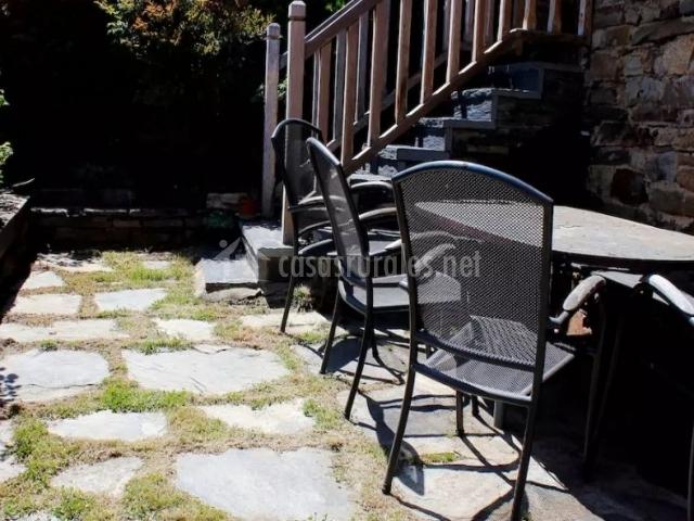 Vistas del porche con escaleras