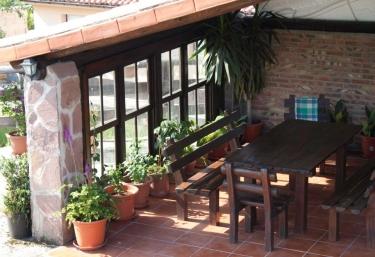 Amaia - Apartamentos Rulolla - Roiz, Cantabria
