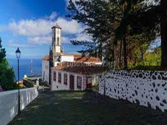 Casa tres pinos en mazo tenerife - Casas rurales en santa cruz de la palma ...
