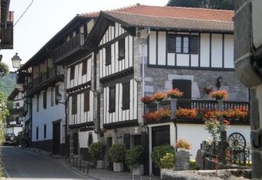 Larraenea - Lesaca/lesaka, Navarra