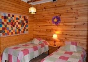 Dormitorio doble comunicado con las zonas verdes