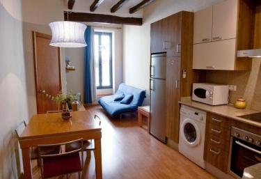 Apartaments Turístics El Jaç- La Vall - Montblanc, Tarragona