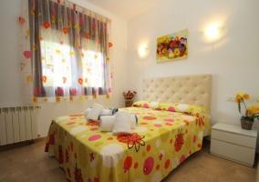 Dormitorio doble colorido