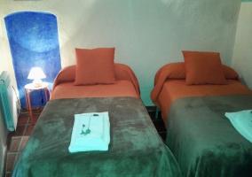 Apartamentos Baronia- Cal Fregit