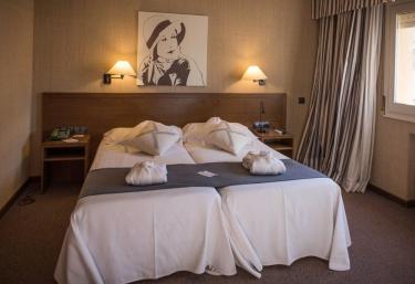 Hotel-Hostal Sport 4* - Falset, Tarragona