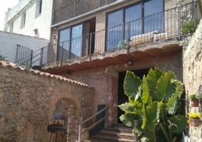 Acceso al alojamiento con escaleras