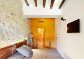 Dormitorio y cocina del estudio