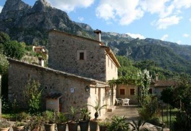 Casas rurales con chimenea en soller - Chimeneas en mallorca ...