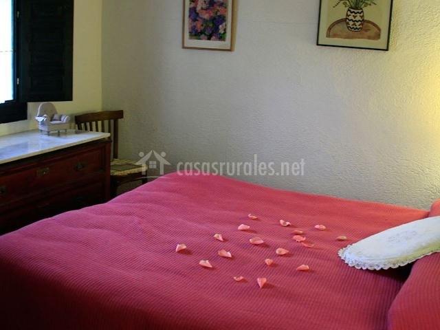 Habitación doble de matrimonio, cómoda, luminosa y romántica