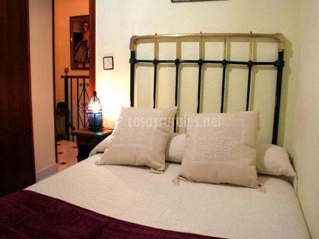 La casilla de corrales candelario en candelario salamanca - Cojines cama matrimonio ...