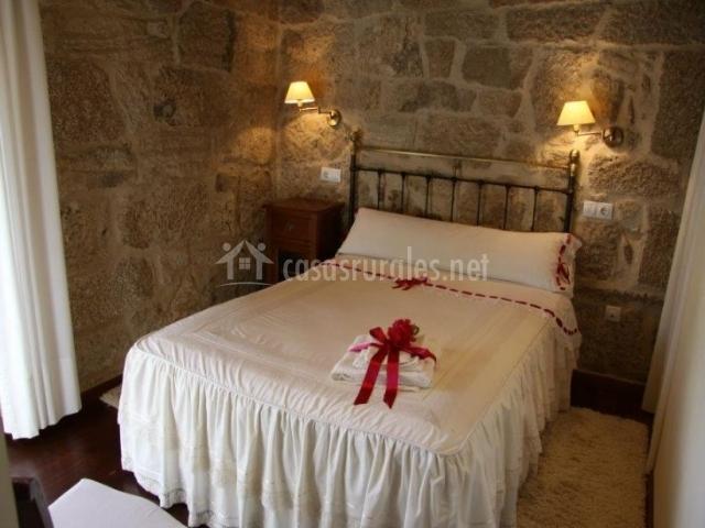 Cas rural o bergando en cotobad candean pontevedra - Colchas dormitorio matrimonio ...