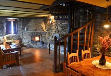 Apartamentos Casa de Riba- La Chimenea - Teijeira (Santa Eulalia De Oscos), Asturias