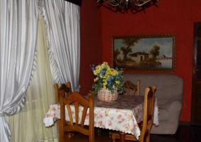 Vistas del porche con hamacas en blanco